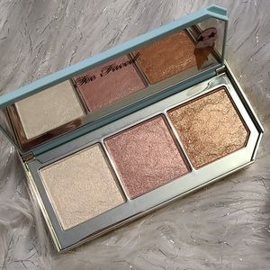 Too Faced Ice Cream Highlighter Palette